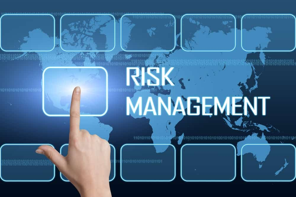 Hand switching on risk management